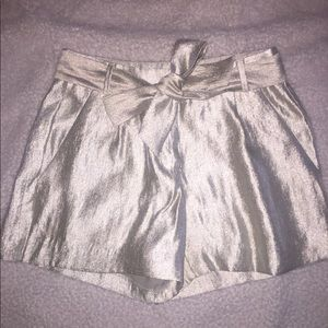 Loft gold shimmer fluid paper bag shorts 00 XS